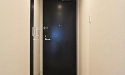 クローズドタイプのキッチン (玄関)