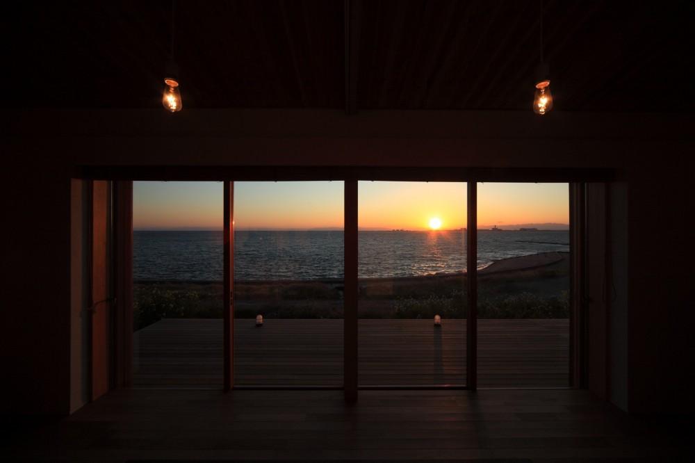 海の見える家 (リビング)