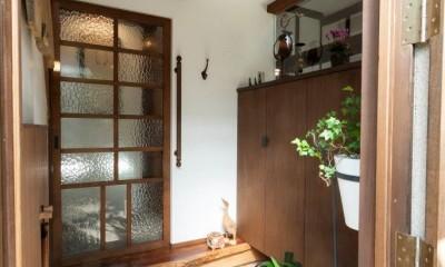 玄関|古民家移築のゲストルームを住宅に/歴梁