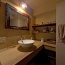 世界を旅する家の写真 洗面室