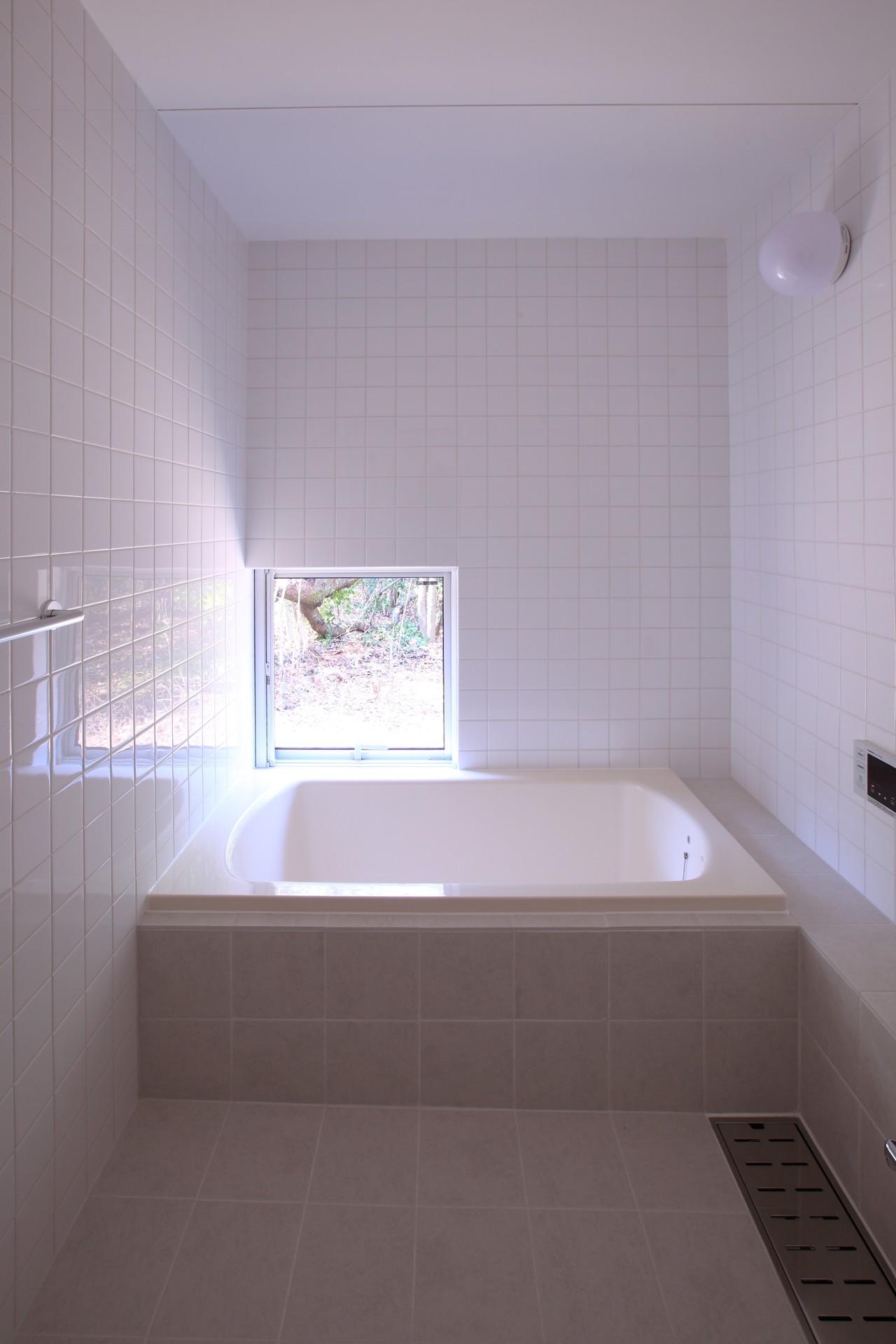 バス/トイレ事例:浴室(雑木林の小さな家)