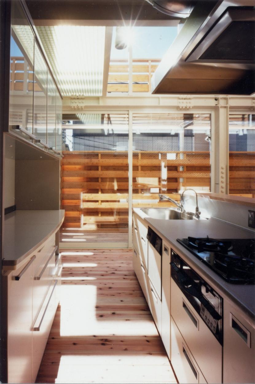 鉄と杉/Kaさんの家の写真 アイランドキッチン