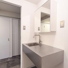 洗面室 (海を眺めて暮らす家)