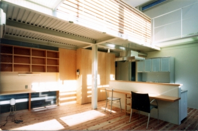 2階リビング・ダイニング (鉄と杉/Kaさんの家)