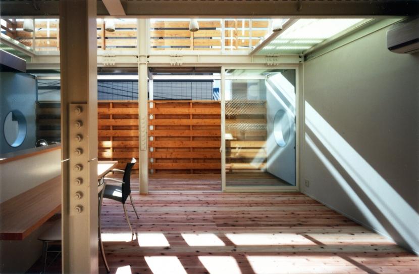 鉄と杉/Kaさんの家の部屋 2階リビング・ダイニング