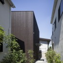 岡本の住宅の写真 アプローチ