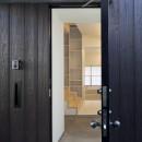 岡本の住宅の写真 玄関