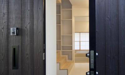 岡本の住宅 (玄関)