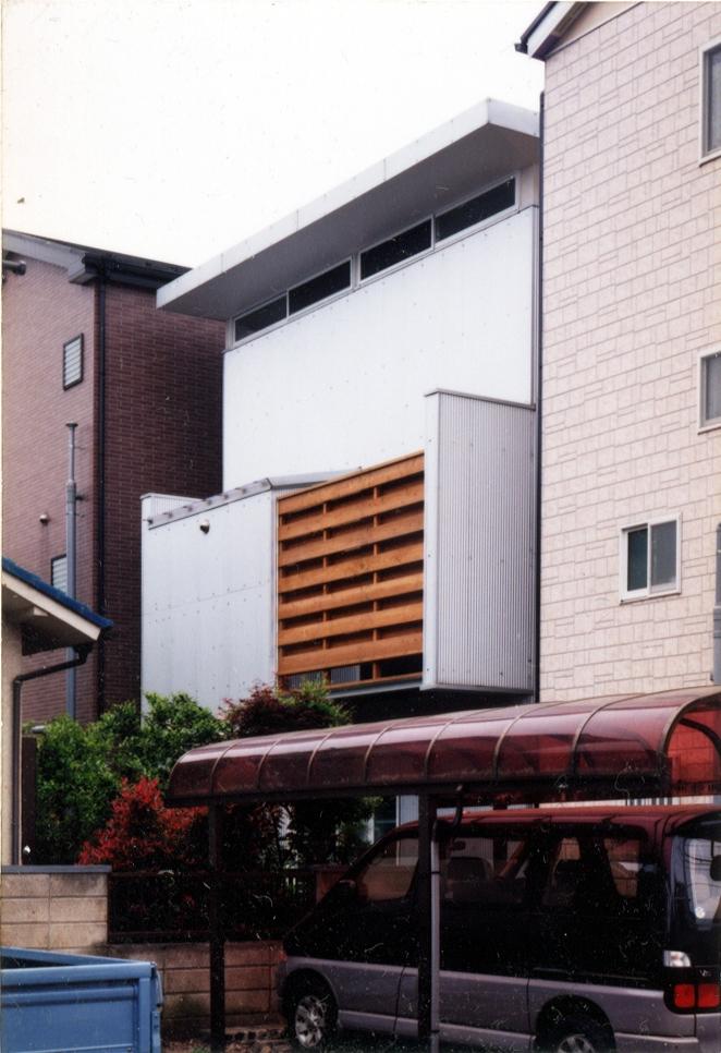 鉄と杉/Kaさんの家の部屋 北面外観