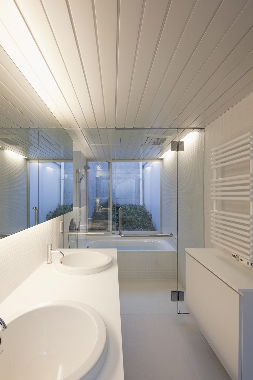 バス/トイレ事例:洗面脱衣室,浴室(奥沢の住宅)