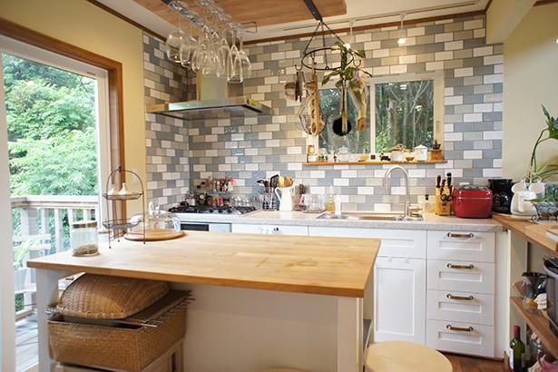 キッチン事例:使いやすいキッチン(四季を感じ暮らしを楽しむ家)