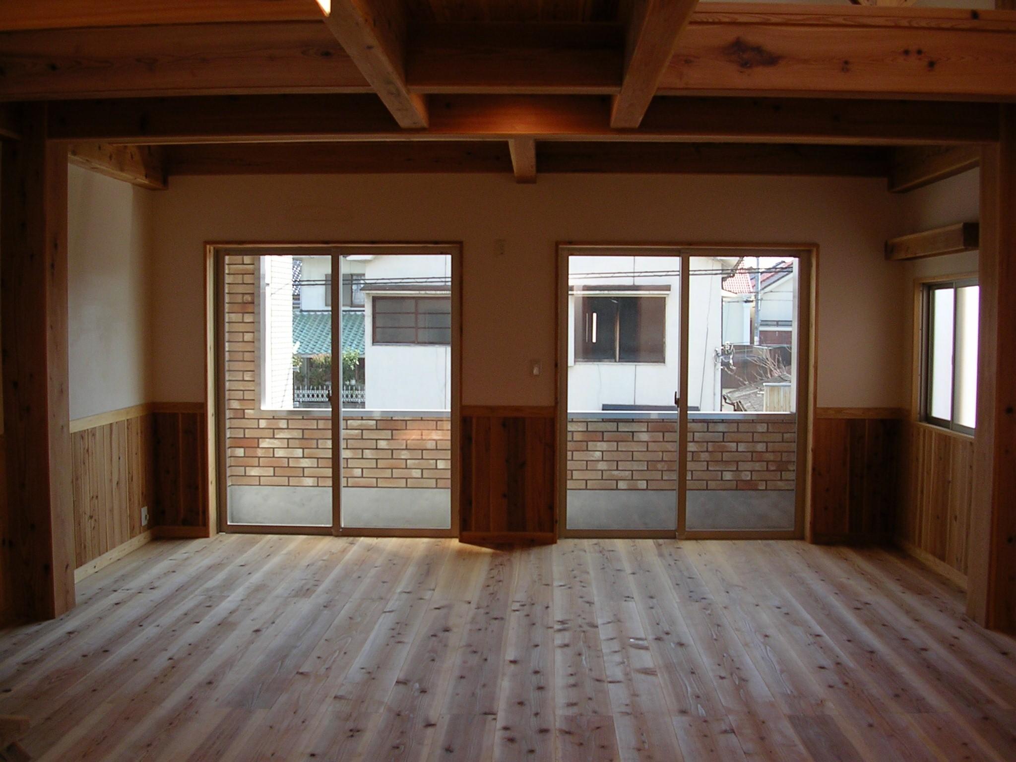 ベッドルーム事例:大きな窓で明るい空間に(大阪府東大阪市O様 新築施工事例)