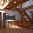 大阪府東大阪市O様 新築施工事例の写真 珪藻土の壁と木のスケルトン階段で明るく開放感がある空間に