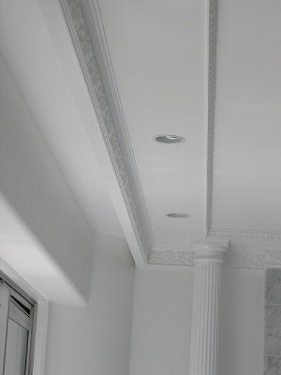 大阪市中央区マンション 内装リフォーム事例 (天井のモールディングにもこだわりが)