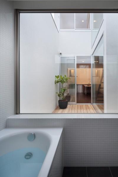 浴室 (南烏山の住宅)