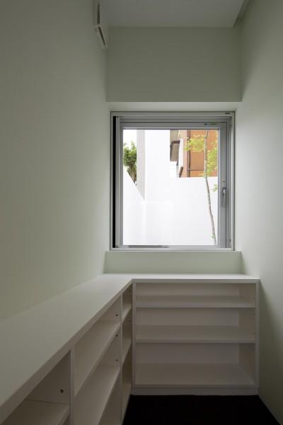 1階書斎 (市川の住宅)