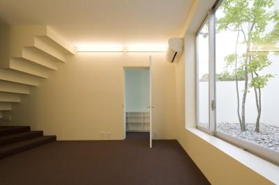 1階寝室 (市川の住宅)