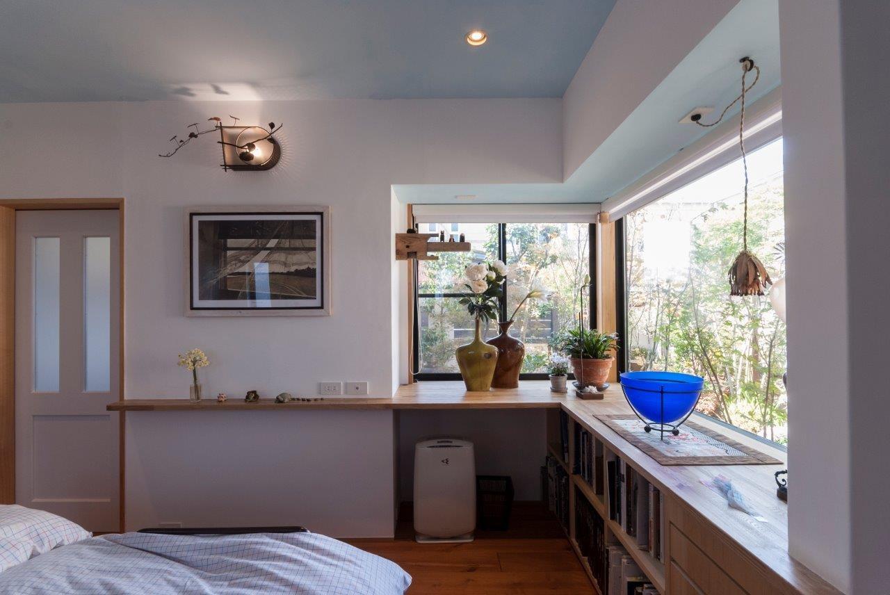 ベッドルーム事例:寝室(古民家移築のゲストルームを住宅に/歴梁)