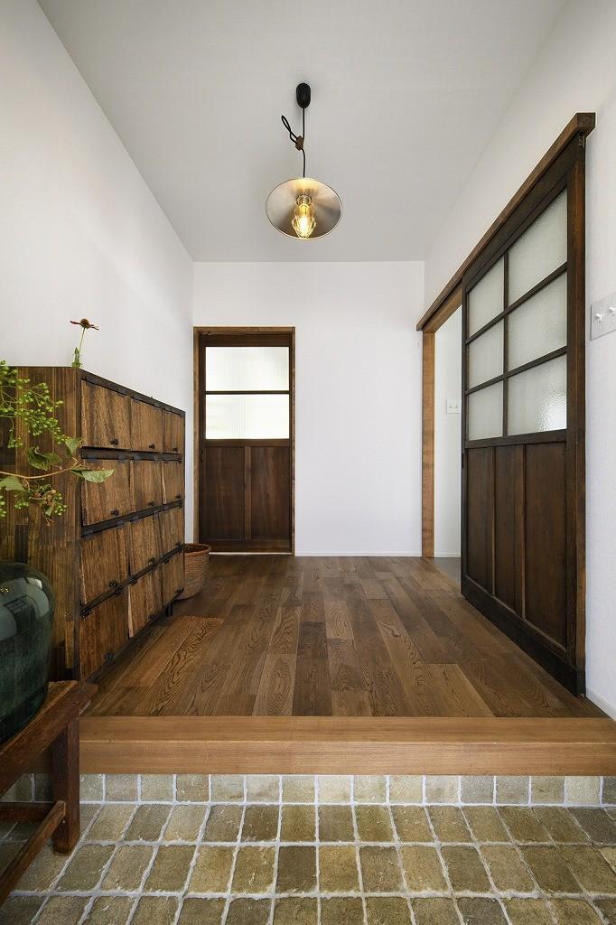 simple&antique (玄関)