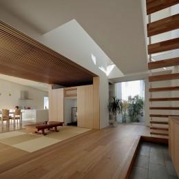分節と連続の家 (玄関・LDK・和室)