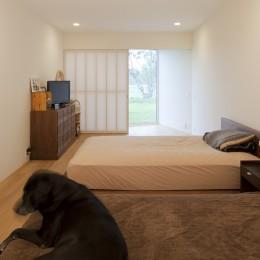 鷹ノ巣の2世帯住宅 (1階寝室)
