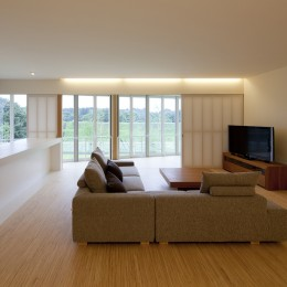 鷹ノ巣の2世帯住宅 (2階LDKスペース)