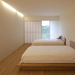 鷹ノ巣の2世帯住宅 (2階寝室)