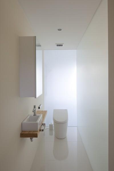 2階トイレ (鷹ノ巣の2世帯住宅)