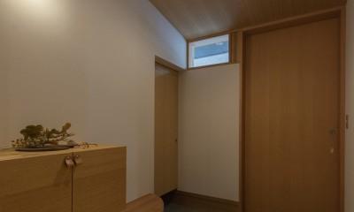 舞岡の家 (玄関)
