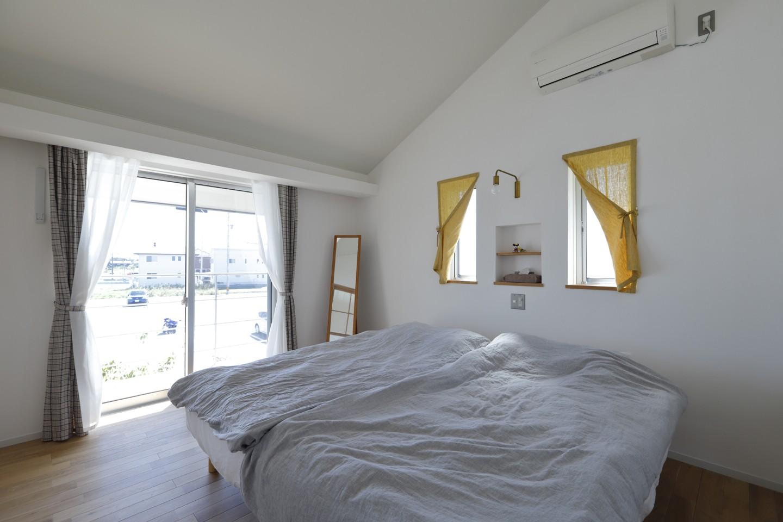 ベッドルーム事例:寝室(緑あふれる癒しの家)