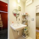 S邸-壁に色を塗りたい!夢とこだわりの詰まった寝室の写真 洗面所