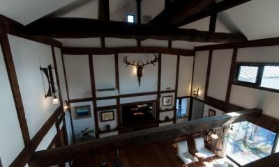 リビングダイニング|古民家移築のゲストルームを住宅に/歴梁