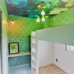 憧れのカフェ&ヴィンテージデザインで統一したマイホーム (寝室)