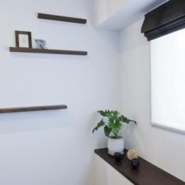 Sunny warm style/ウォールナット/漆喰/塗壁/アクセントカラー/パイン材