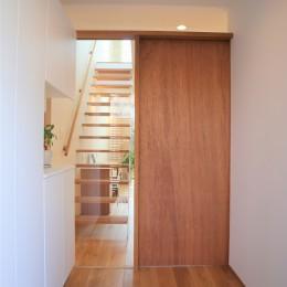 斜光の家 (玄関)