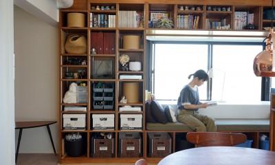 ダイニングスペースに造作した壁面収納|シンプルに暮せる。ヴィンテージスタイルの家