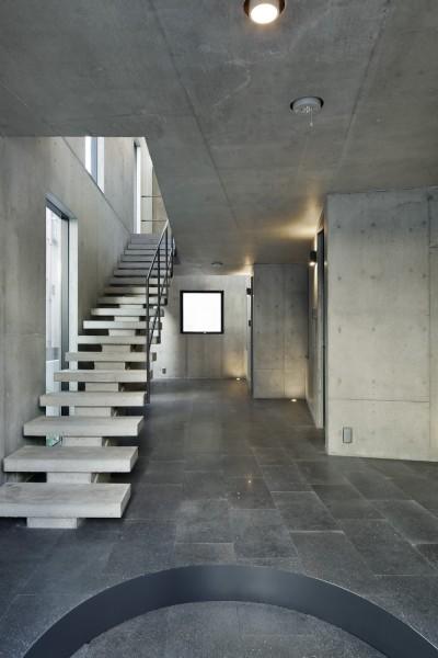 白金台の集合住宅 芝白金ホームズ (白金台の集合住宅 芝白金ホームズ 共用階段)