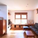 家族の時間を楽しむ家~北欧インテリアの家~の写真 リビング