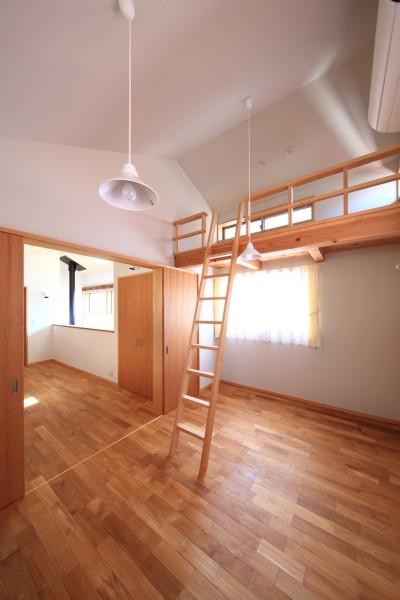 子供室 (家族の時間を楽しむ家~北欧インテリアの家~)
