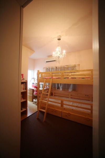 子供部屋 (光庭の家 – 敷地条件を諦めない改修<リノベーション> –)