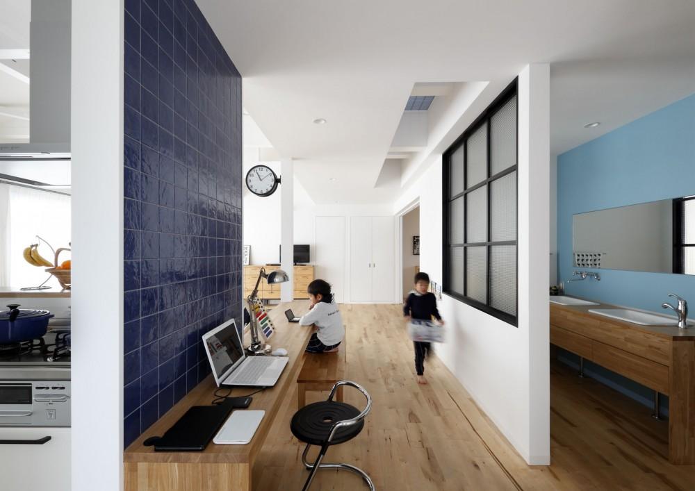 一級建築士事務所アトリエm「回遊できる家 – 長く子供と仲良く、築46年の回遊できる家<リノベーション> –」