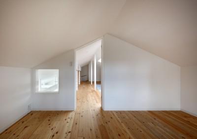 書斎 (回遊できる家 – 長く子供と仲良く、築46年の回遊できる家<リノベーション> –)