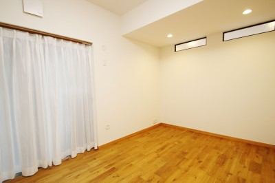 洋室 (収納力がもたらす シンプルで豊かな暮らし)