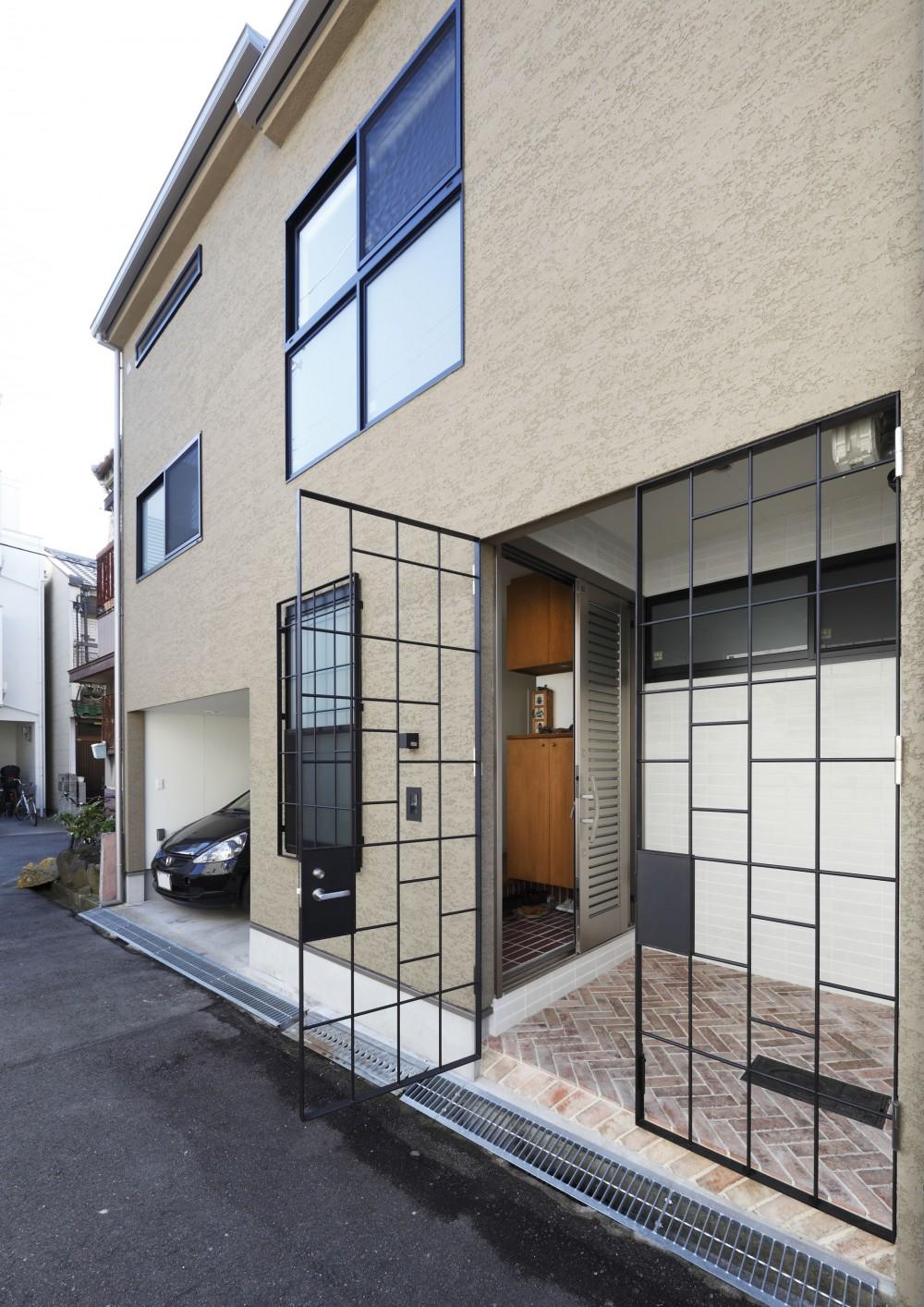一級建築士事務所アトリエm「阿倍野の長屋  – 「5段の距離がいい」<リノベーション> –」