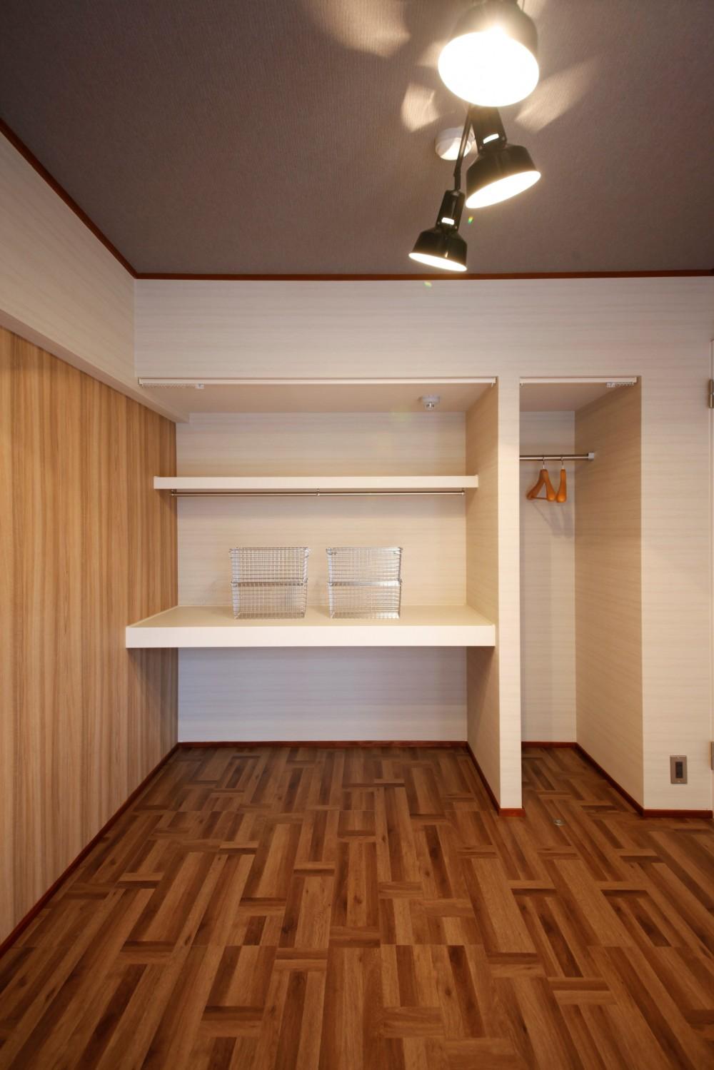 大人カフェの寛ぎ感に包まれ都心で至福のコーヒータイム (寝室)