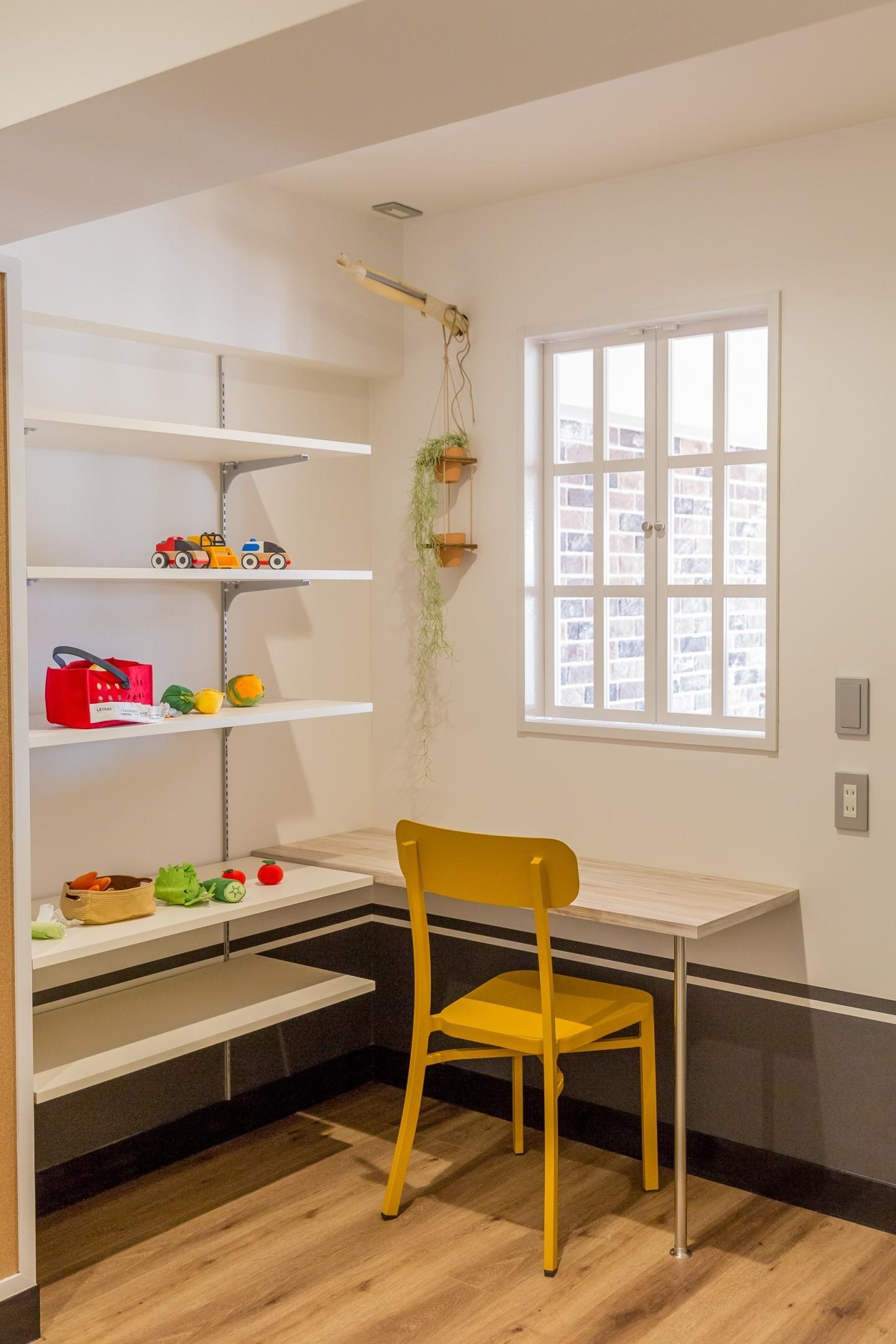 子供部屋事例:洋室(「絶好の眺め」を主役にした、素材感を楽しむ大人ブルックリン)