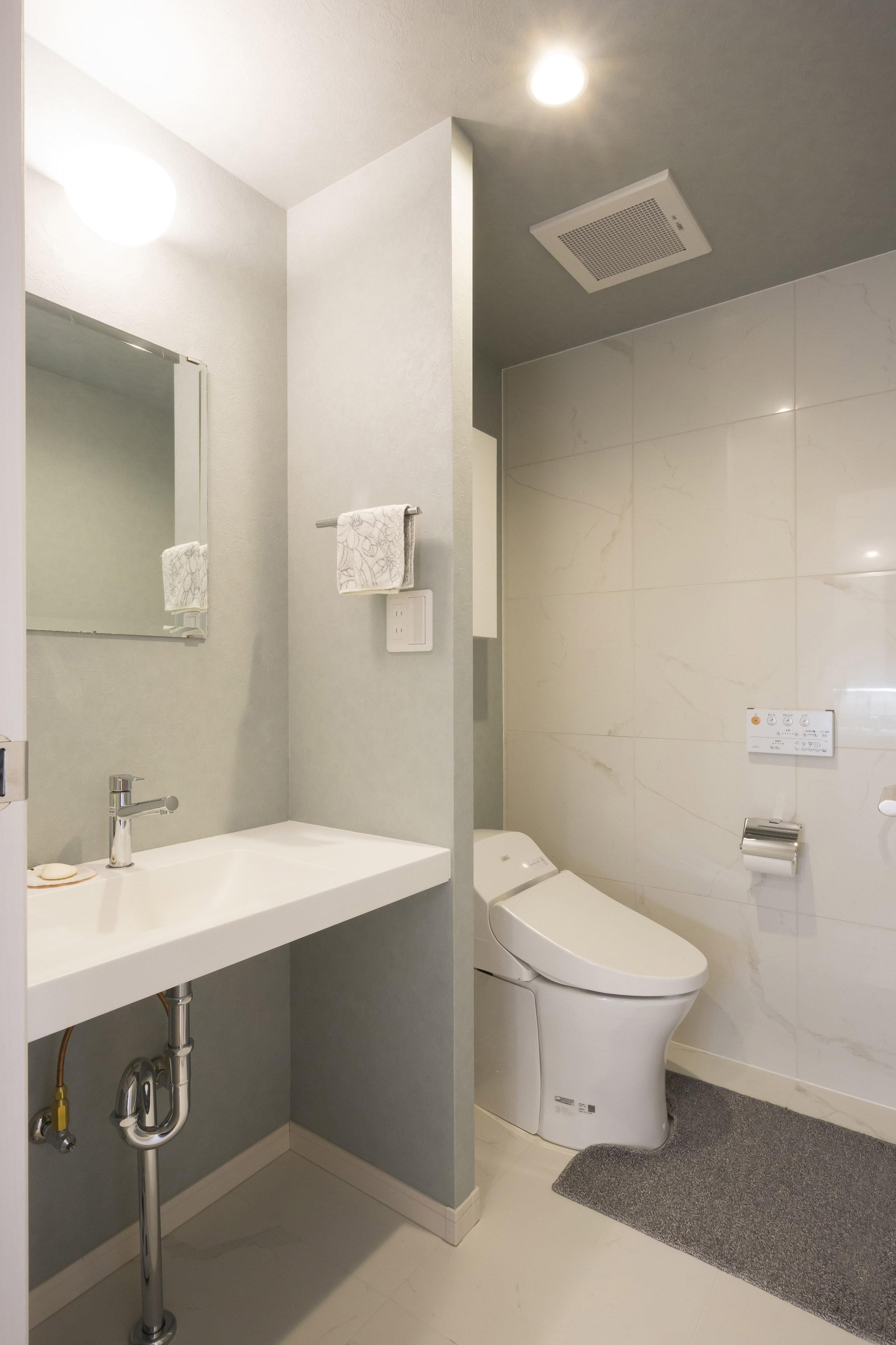 バス/トイレ事例:トイレ(憧れの「大人時間」が始まる 60代の大胆リノベーション)