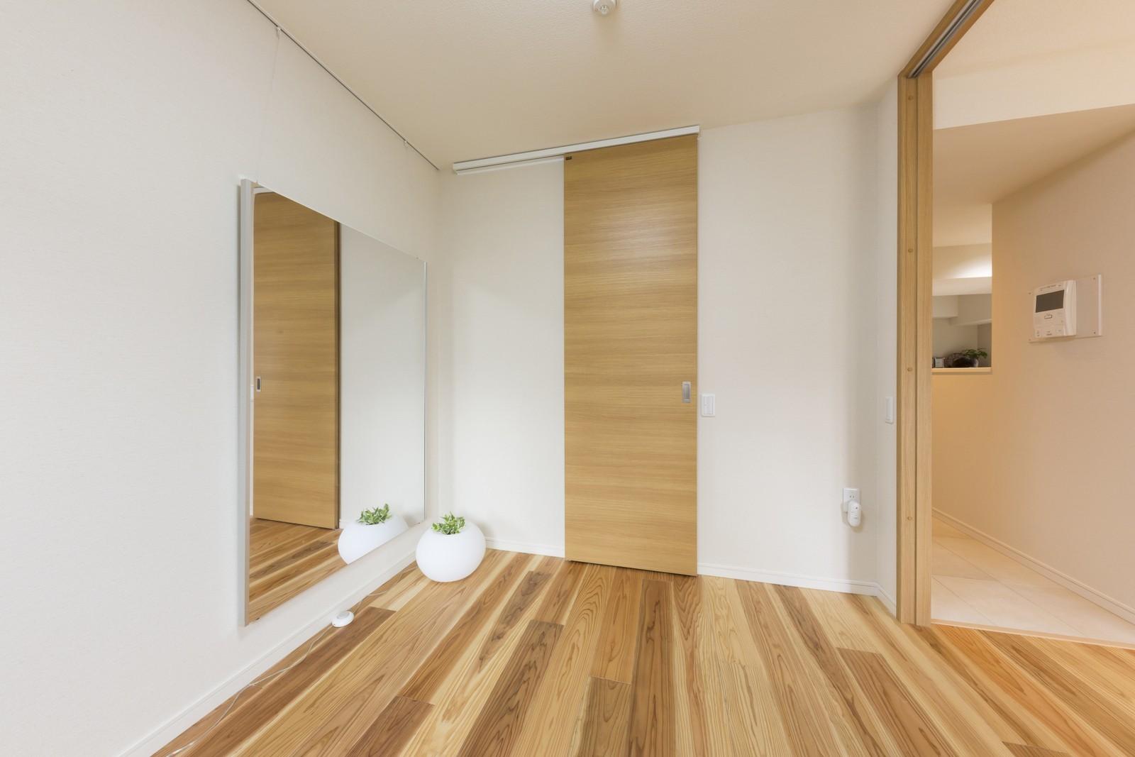子供部屋事例:多目的に活躍する予備室(大家族が集まれるダイニングと機能的な収納で生き返るリノベーション)