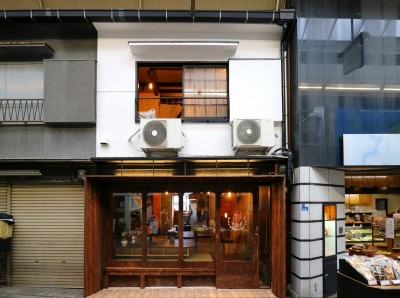 GUEST HOUSE とろとろ 空堀商店街 (見た目は2階建て)