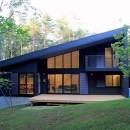TAPO 富岡建築計画事務所の住宅事例「富士山麓の別荘 カラマツ林の傾斜地に建つ別荘」